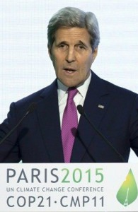 Klar tale fra John Kerry i Paris. Ian Langsdon/AFP/Getty Images